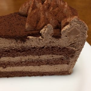 チョコレートケーキ側面