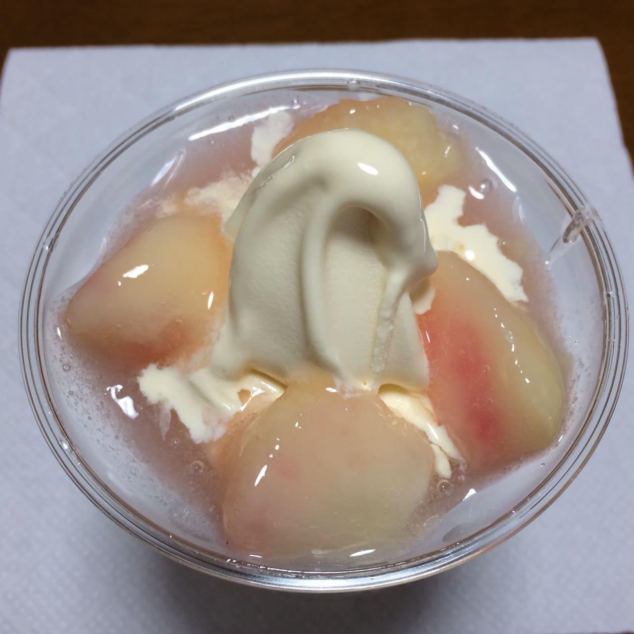 白桃パフェ