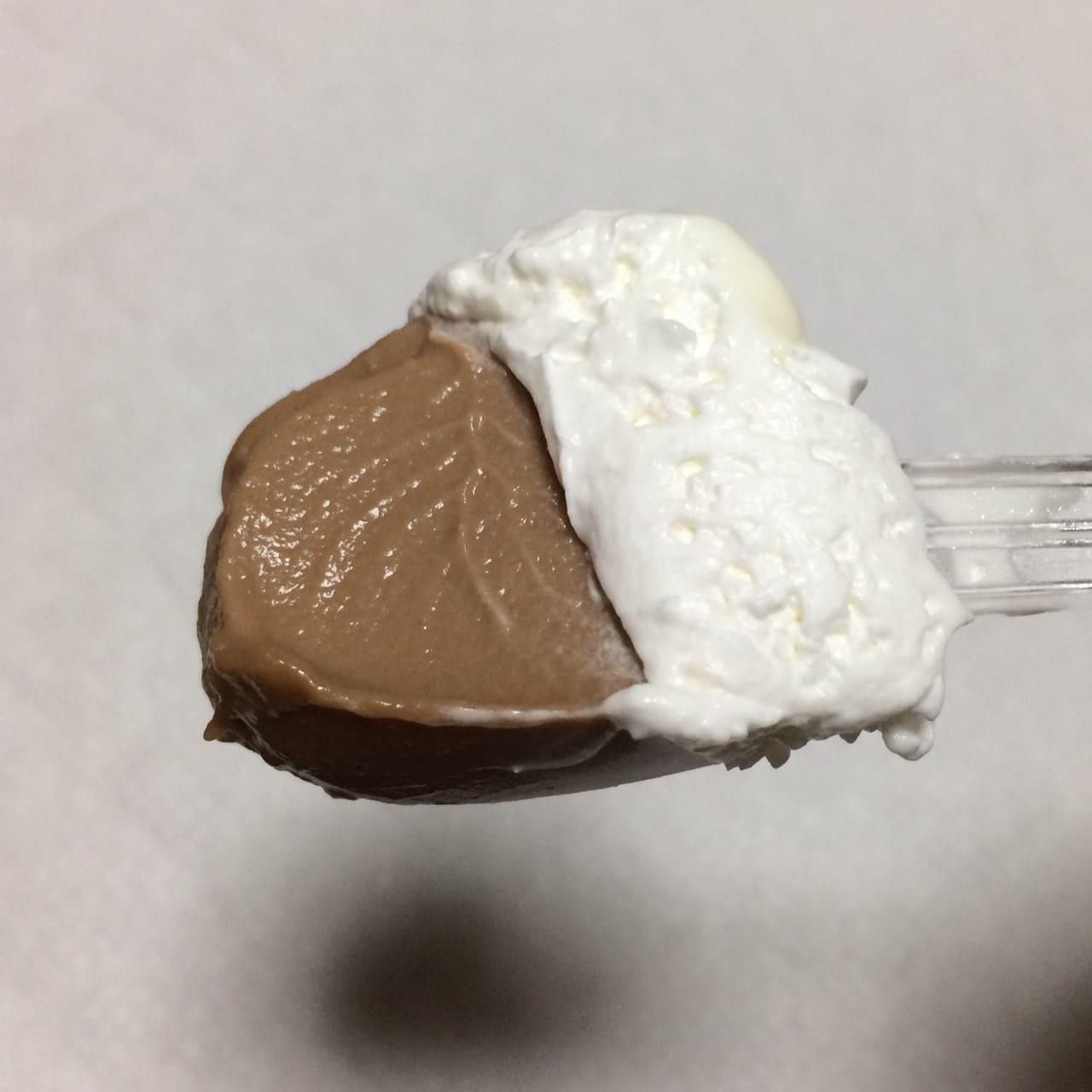 クリームとチョコプリン