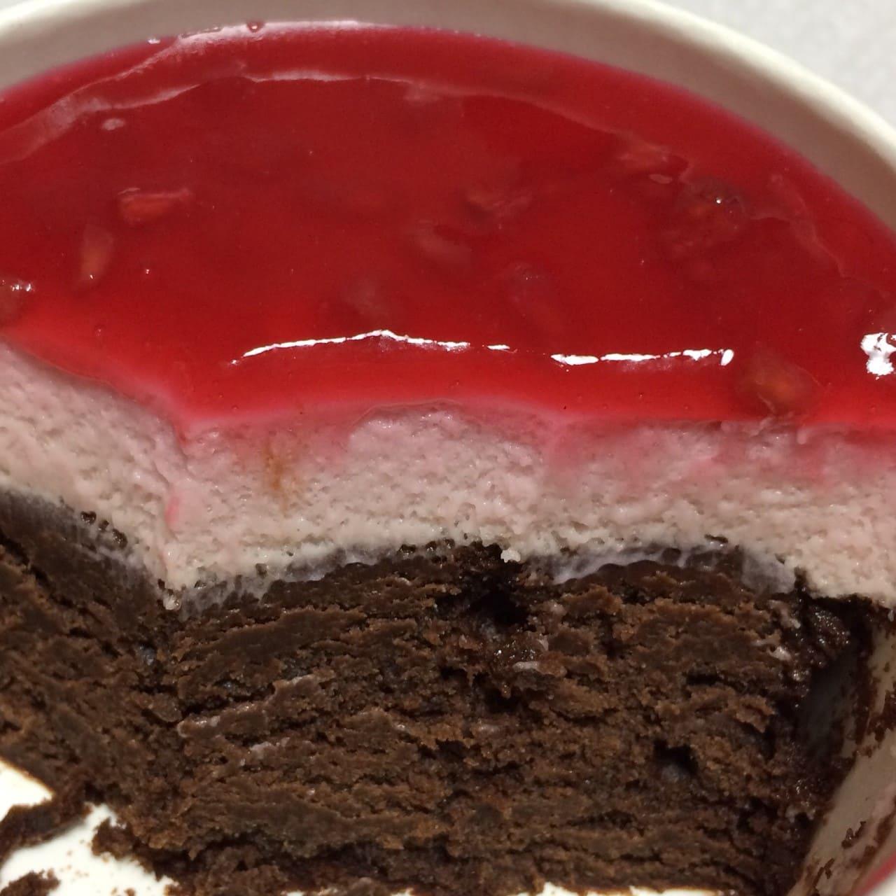 デビルズラズベリーケーキ断面