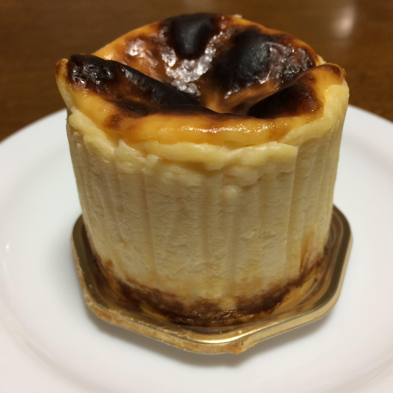 バスクチーズケーキ側面