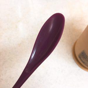 プラスチックのスプーン