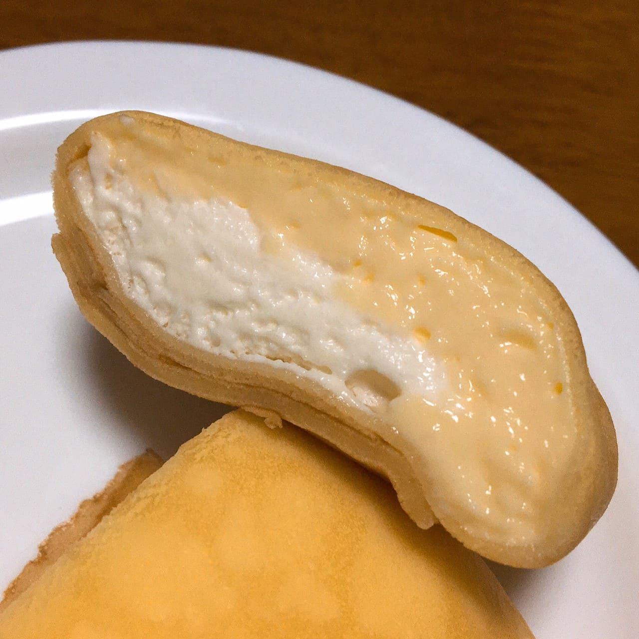 もっちりクレープ ダブルレアチーズクリーム断面